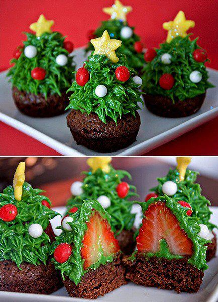 Christmas tree Christmas creative cupcakes, brownie with strawberry