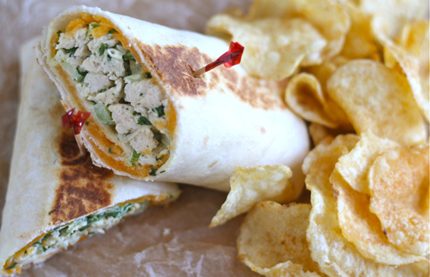 Crispy Chicken Salad Wraps h