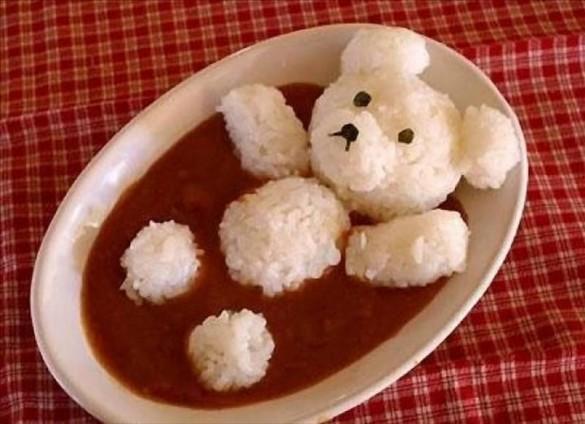 rice bear bathing in tomato sauce1