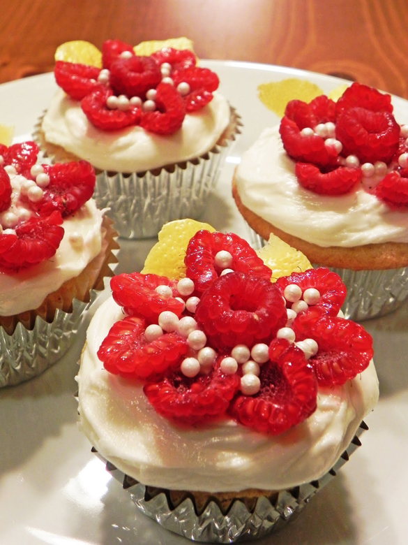 Lemon cupcakes1