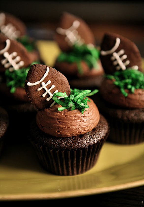 Super Bowl yummy party food - Football Themed Cupcakes