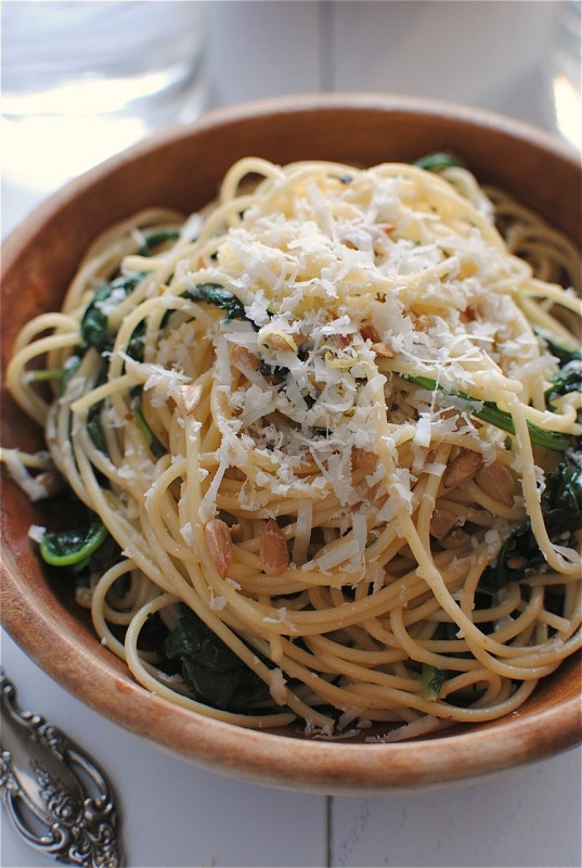 Spaghetti with Kale and Lemon