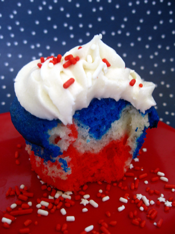Celebrating the red, white, and blue with cupcakes