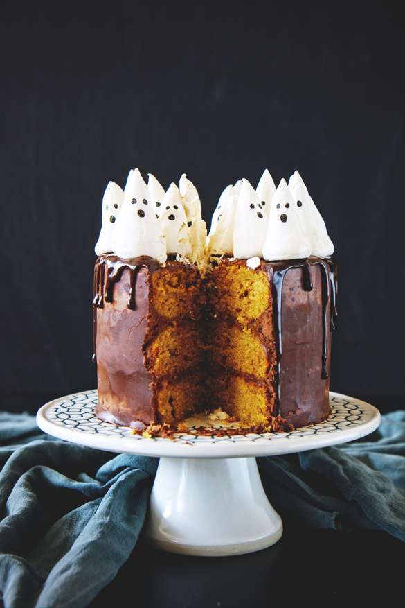 Spooky Spooky - Chocolate Pumpkin Cake with Meringue Ghosts - fancy ...