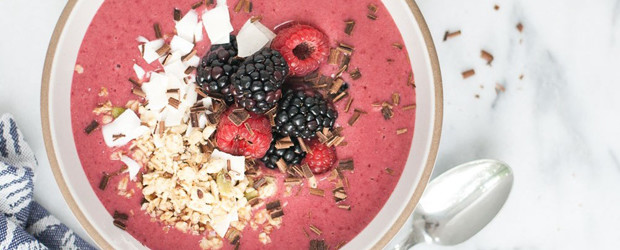 Chocolate Cherry Smoothie Bowl
