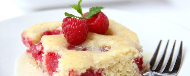 Warm Raspberry Cake With Vanilla Glaze