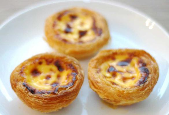 Pastéis de Nata - Portuguese Custard Tarts Recipe