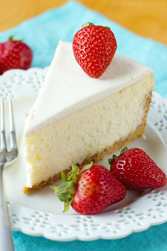 Perfect New York Cheesecake - fancy-edibles.com