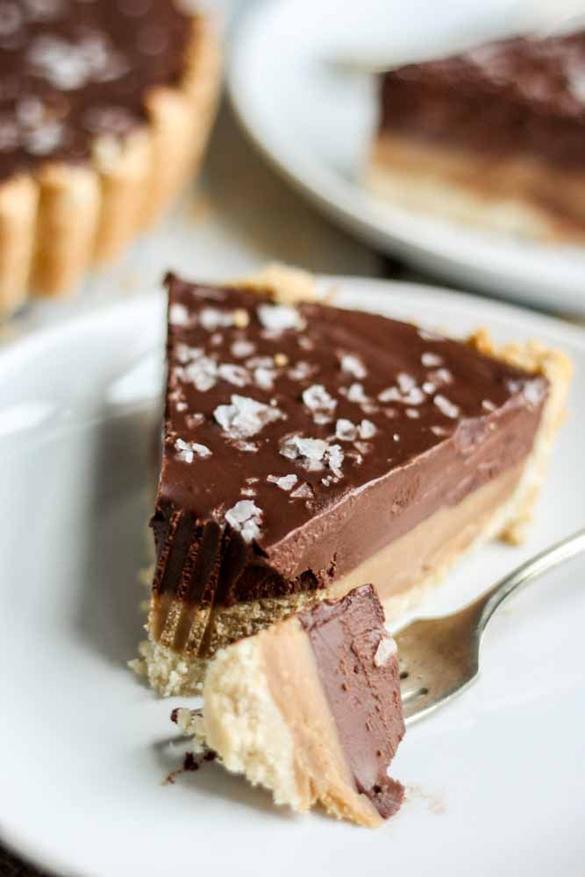 Chocolate Caramel Tart [Paleo, Gluten-Free, Vegan]