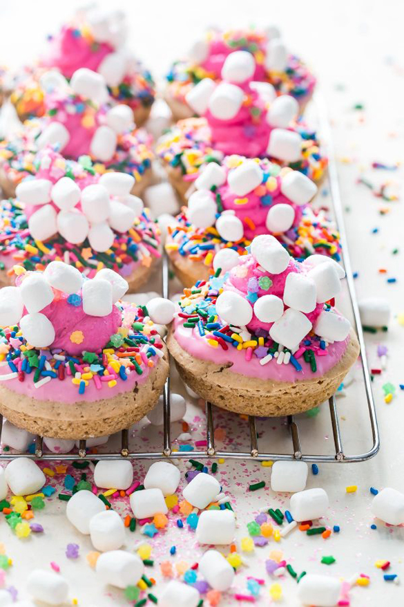 Unicorn Baked Strawberry Donuts