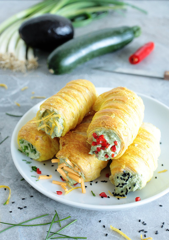Vegan Guacamole Stuffed Rolls