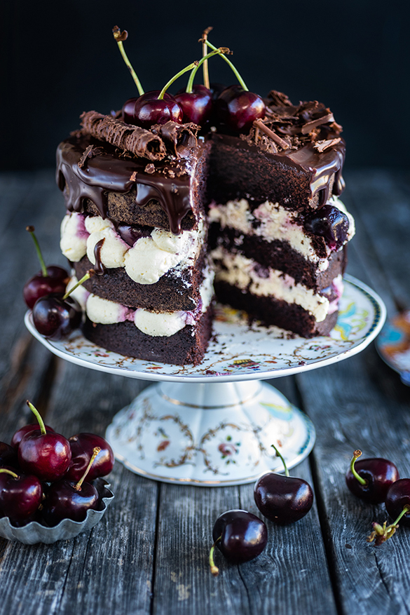 Eggless easy Black Forest layer cake