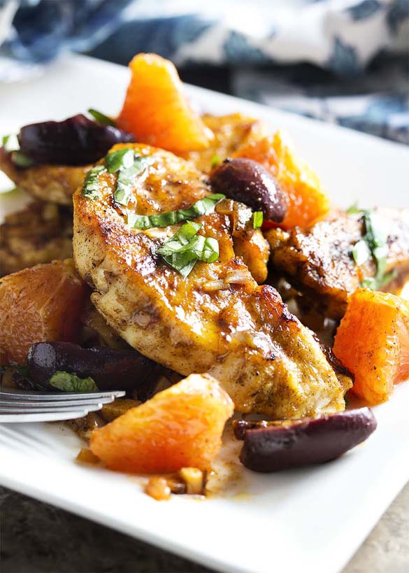 Mediterranean Chicken with Olives and Oranges