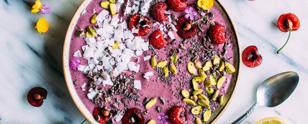 5 minute antioxidant smoothie bowl
