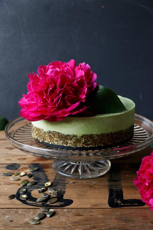 Nettle Vegan Cheesecake (grain-free)