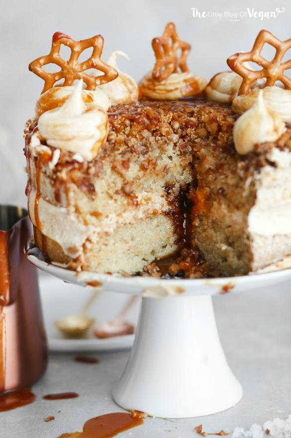 Salted Caramel Pretzel Cake Fancy Edibles Com