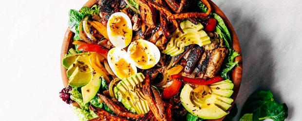 Grilled Garlic Lime Chicken Fajita Salad