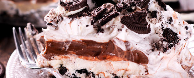 Oreo No Bake Dessert with Cool Whip, Chocolate Pudding and Cream Cheese