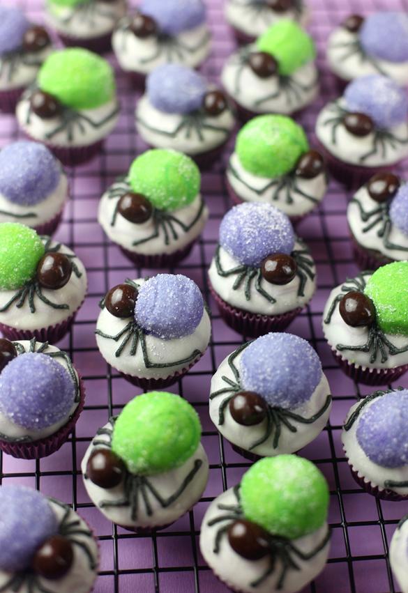 Spider Bites Mini Cupcakes by Bakerella